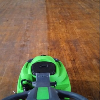 wood-floor-cleaning
